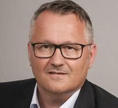 Günter Szerencses, Iscar