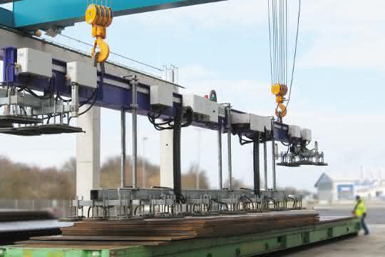 Aero-Lift Schwerlast-Hebegeräte: 60.000 Kilo ohne Mühe heben
