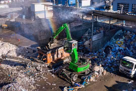 817 E-Serie von Sennebogen im Recyclingeinsatz