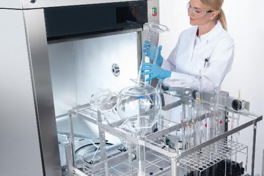 Großraum-Laborspüler PLW 86