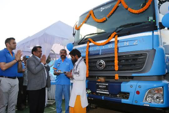 Großauftrag für Daimler Trucks in Indien