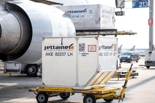 Rückhol- und Frachtflieger: Jettainer stellt Lademittel