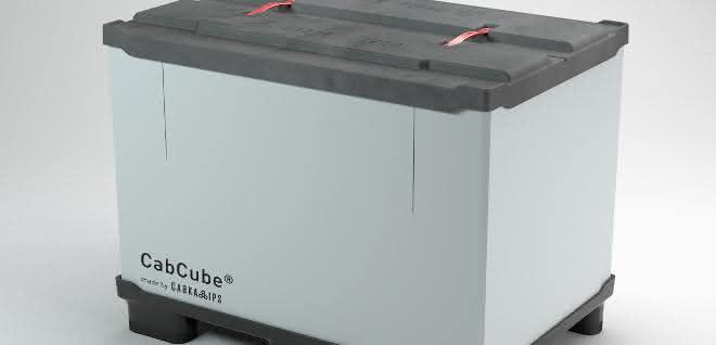 Dritte Generation des faltbaren Großladungsträgers aus recyceltem Kunststoff.