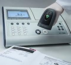 Bild zeigt Spektralphotometer 7500 und Barcodescanner