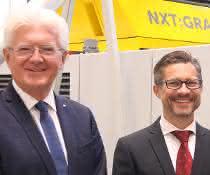 Josef Hochreiter (links) mit seinem Nachfolger Wolfgang Steinwender.