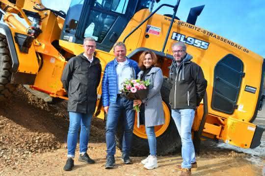 Maschinenpark für den Straßen- und Tiefbau: Hyundai-Maschinen im Emsland