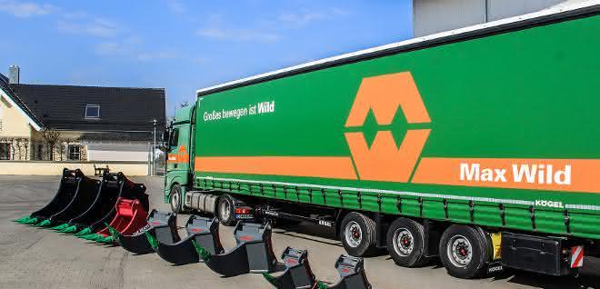 HS-Schoch liefert Anbaugeräte-Paket an Max Wild GmbH