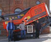 Zweiwellenzerkleinerer: Arjes liefert 500. Impaktor 250 EVO aus