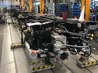 Rolls-Royce-Montagelinie-Bahnantriebe