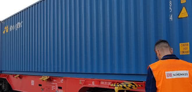 DB Schenker liefert Schutzausrüstung für die Lombardei