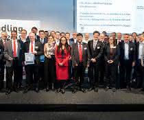 Gruppenfoto Preisverleihung handling award 2019