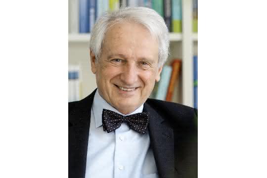Prof. Knut Urban.
