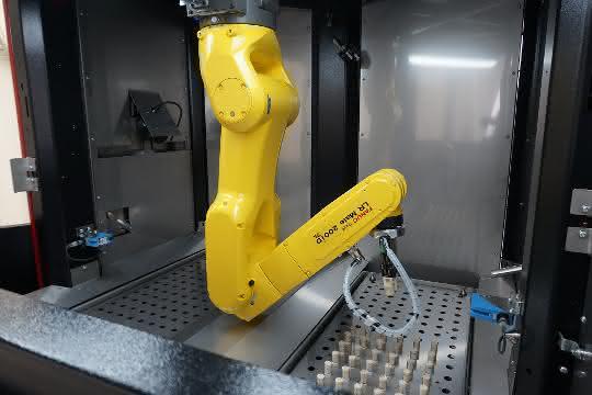 Drive-In mit Roboter: Kontaktloser Corona-Test