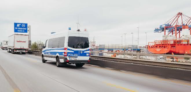 Hellmann transportiert 3 Millonen Masken für Berliner Landesregierung
