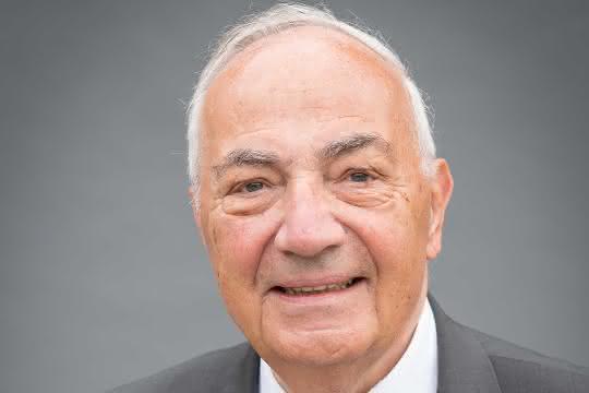 Trauer um Dr. Hanspeter Stabenau