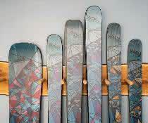 Skier fürs Skitourengehen