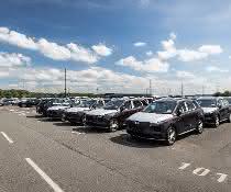 BLG Logistics gewinnt neuen Kunden für den Umschlag von E-Autos