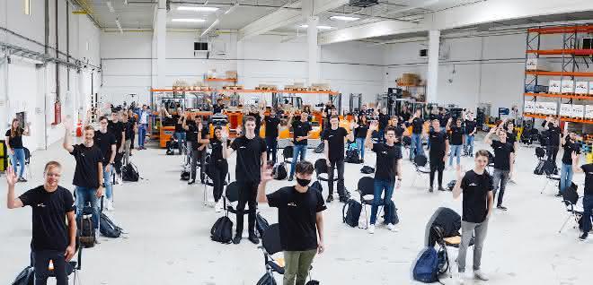 Still begrüßt über 50 neue Auszubildende