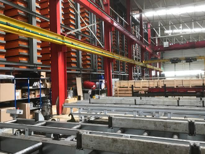 Verfügbarkeit und Leistung bei Stahlhändler gesteigert