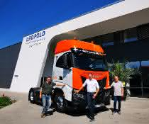 Erster CNG-Lkw für Universal Transport im Einsatz