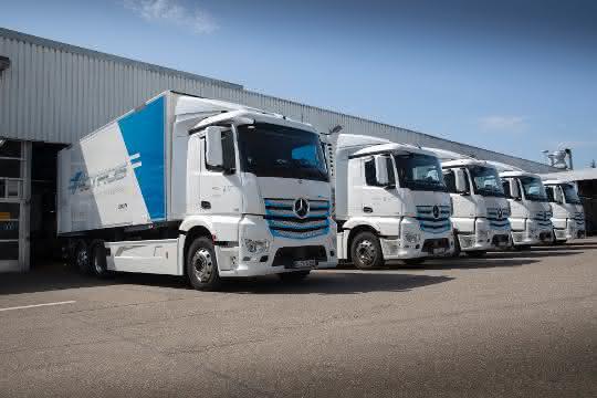 Daimlers Lkw und Busse legen 7 Millionen Kilometer elektrisch zurück