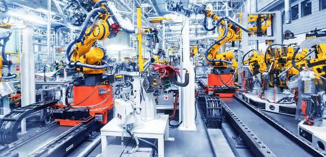 Industrieroboter in der Fertigung