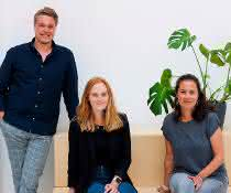 "Sten Küster, Event & Program Coordinator, Svenja Hodel, Communication Manager, und Dr. Petra Runge-Wollmann, Life Science Community Manager bei der ""Life Science Factory""."