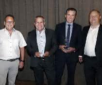 EVB BauPunkt Lieferanten Award für Avant Tecno und Norton Clipper