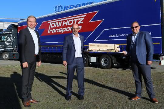 20 neue Mega Liner für Toni Hotz Transporte