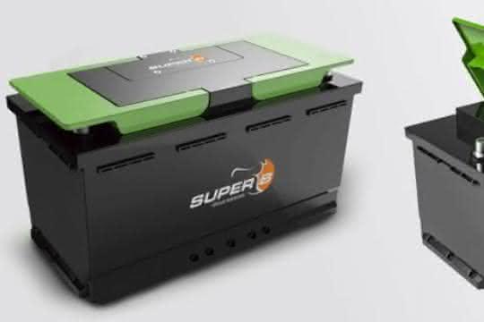 Fahrzeugbatterie