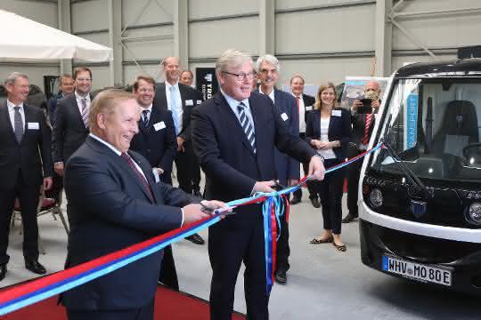 Startsignal für Terminalbetrieb: Mosolf Auto Terminal Wilhelmshaven eröffnet