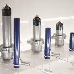 Neue Düsenserie mit 8 Millimeter Schmelzekanal-Durchmesser und 30 bis 150 Millimeter Länge.