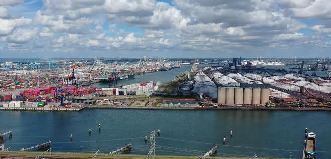 Neue Verbindungen zu den Häfen Rotterdam und Antwerpen