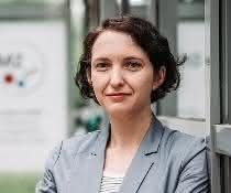 Prof. Dr. Yvonne Mast