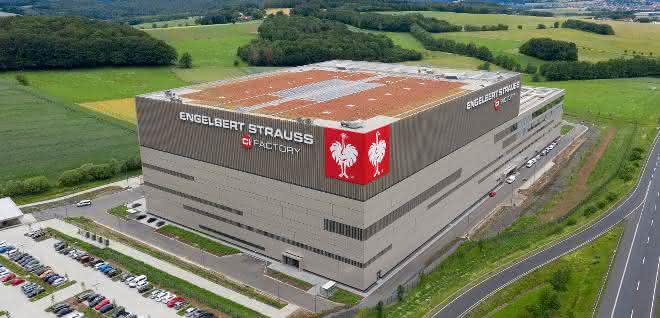 TGW übergibt Omni-Channel-Logistikdrehscheibe an Engelbert Strauss