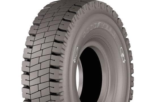 Reifen: Neue Reifen für Muldenkipper