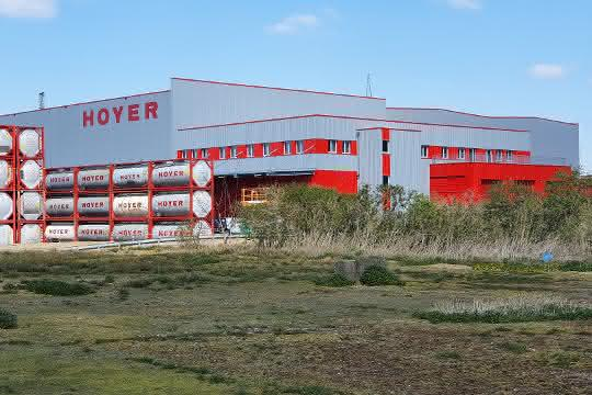 Komplexes Supply Chain Projekt: Hoyer Group realisiert modernes Logistikzentrum
