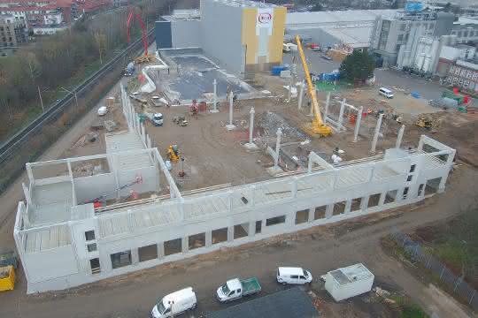 Unitechnik realisiert neues  Logistikzentrum für Hela