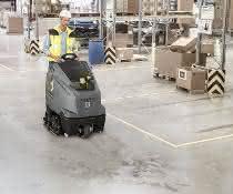 Reinigung von Industrieboden