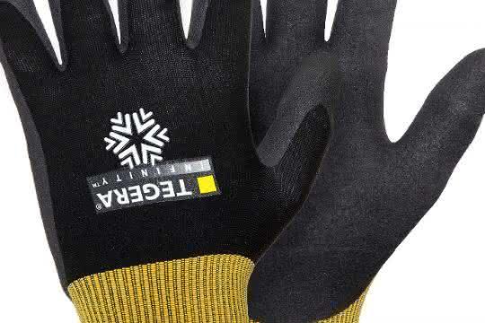 Baustelle: Alles im Griff –  Handschutz im Winter