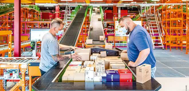 dm-drogerie markt gestaltet Logistik mit Körber