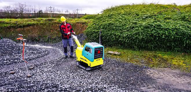 Straßenbau: Mehr Tempo dank Zwei-Wellen-Rüttler