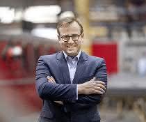 Die Zukunft im Blick: Schwarzmüller gründet Innovationszentrum