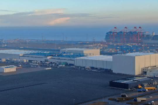 JadeWeserPort Wilhelmshaven meldet freie Kapazitäten
