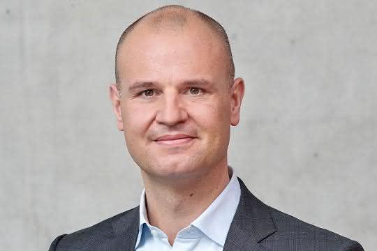 Christian Schwörer übernimmt Vorsitz der Geschäftsführung von PERI