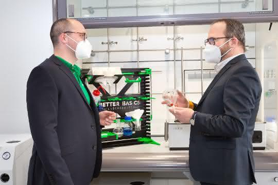 Dr. Gunther Wobser und Mario Schneider