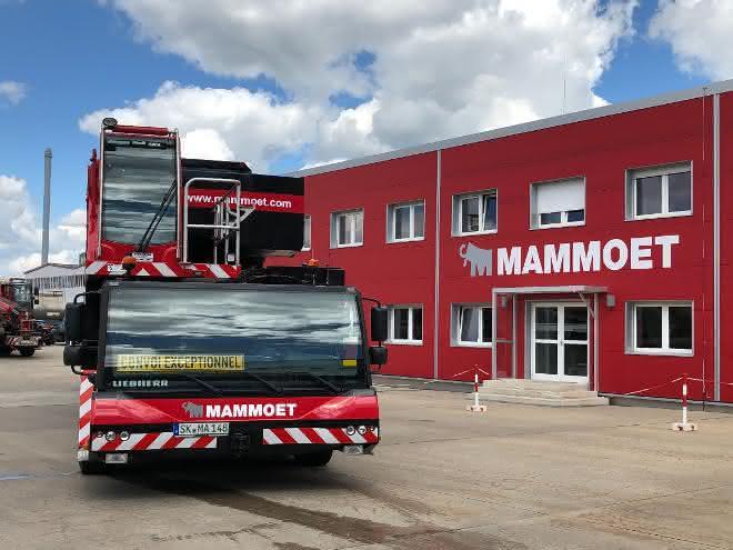 Jubiläum: 30 Jahre  Mammoet in Deutschland