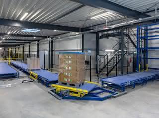Automatisierung: Maximale Flexibilität beim Palettentransport
