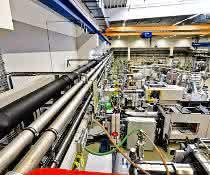 Blick in die neue Produktionshalle bei Heinlein Plastik-Technik