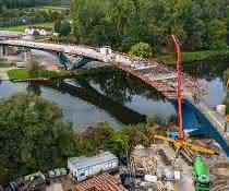 Brückenschalung: Mit Schwung über den Neckar